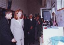 ضياء يعرض مشروع علمي أمام الملكة نور الحسين في الكلية العلمية الإسلامية