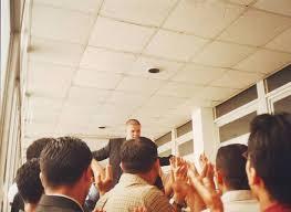 ضياء بعد مناقشة مشروع التخرج من الجامعة الأردنية