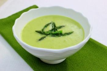 Creamy-Asparagus-Soup-550x367