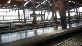 رصيف القطار المتجه إلى قرطبة