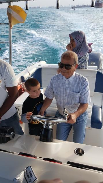في رحلة القارب