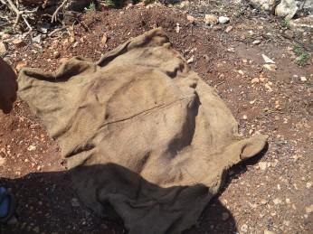 وفوفالغطاء الحديدي وضع هذا الكيس