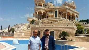 صورة تذكارية مع د. اياد ابو خضير - صوريف
